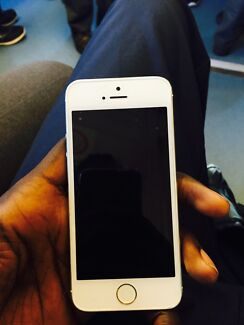 iPhone 5s 64 gb (phone only) Andrews Farm Playford Area Preview