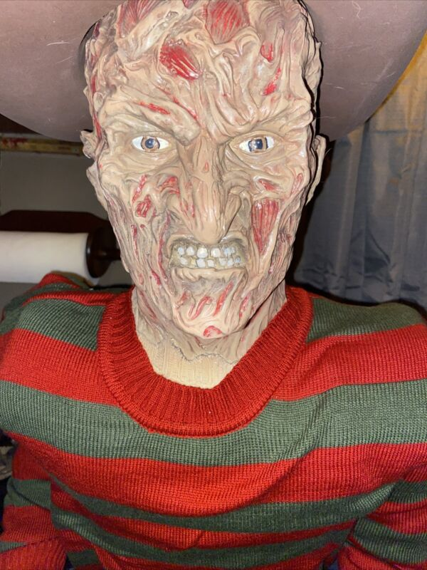 Life Size Freddy Krueger Horror Doll mannequin ONE of KIND LOOK! Awesome Sitting