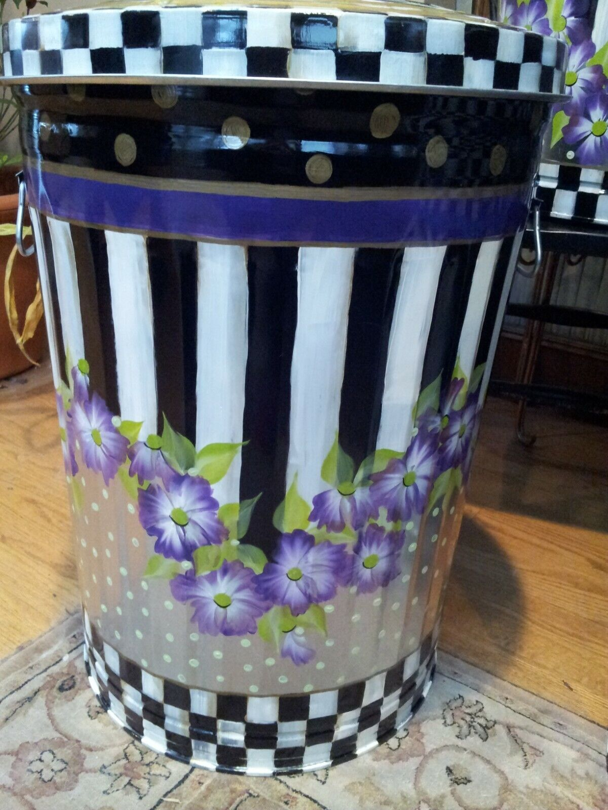 Hand Painted 20 Gallon Galvanized Trash Garbage Cans