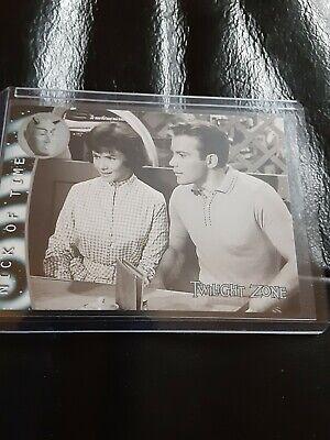 "2000 Rittenhouse Twilight Zone ""Nick of Time"" Card"