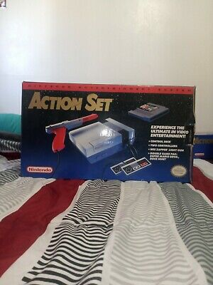 Nintendo Entertainment System NES Console Action Set Complete CIB Tested