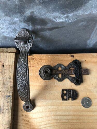 "Vintage Ornate Victorian cast iron thumb latch door handle 7-1/8"" complete"