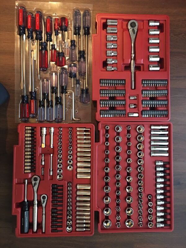 Sears Craftsman Screwdrivers and Rachet Set 388 pcs