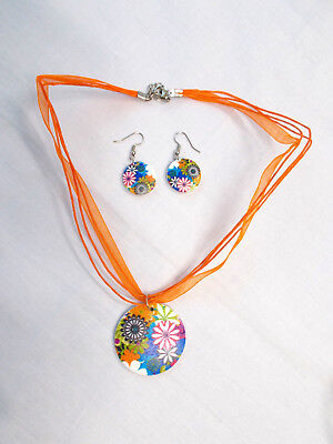 FUN FLORAL MIX COLORED WOODEN PENDANT ON ORANGE RIBBON NECKLACE & EARRINGS SET (Set On Pendant Medal)