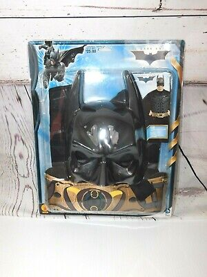 New in package Rubies Batman Accessory Kit Chest Piece Cape Mask & Belt Adult](Batman Chest Piece)