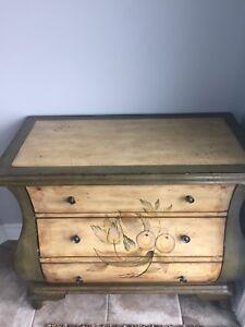 Armoires, commodes, meuble décoratif