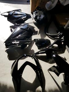 *****2012 250 ninja fairings