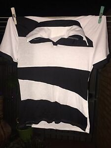 Collared t shirt size L Cleveland Redland Area Preview