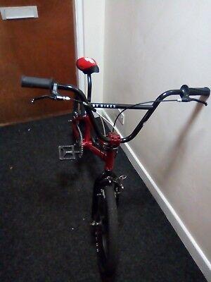Saracen custom Bmx 20 inch mag wheels adult frame refurbished condition