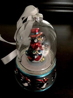 Adorable Mr Christmas Animated Musical Penguin Snow Globe Christmas Ornament