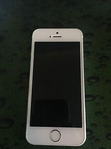IPHONE 5S 16GB PERFECT WORKING CONDITION