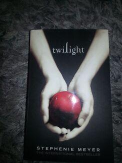 """""""Twilight"""" novel Morphett Vale Morphett Vale Area Preview"""