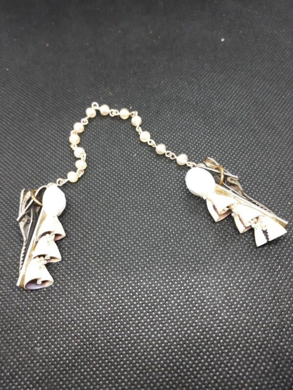 Vintage SWEATER CLIP Chain w/Faux Pearls and SeaShells