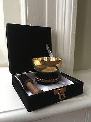 9cm Tibetan Brass Singing Bowl Gift Set - bowl, stick, cushion and carry box