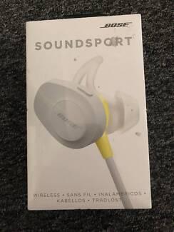 Bose SoundSport wireless headphones NEVER OPENED
