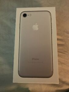 iPhone 7 silver 256 gig Unlocked Full one year Apple care