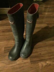 Canadian Rubber Boots size 6