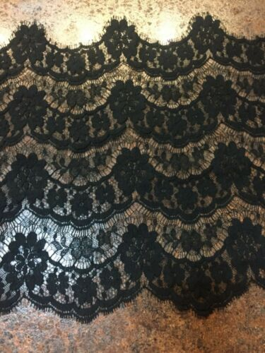 C1890 Chantilly Lace in Black, from Germany 5