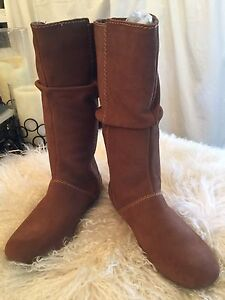 BRAND NEW LEATHER / SUEDE  PATAGONIA SLOUCH BOOTS SZ 8