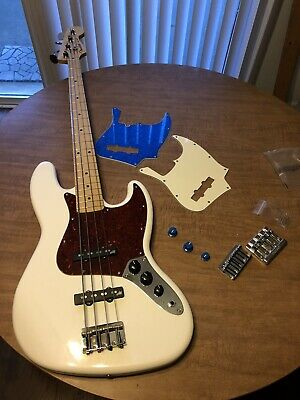 Fender Player 4STR Jazz Bass Polar White Maple w AGUILAR HUM CANCELING & Extras