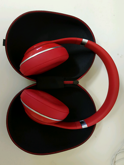 Red Beats Studio 2.0 Wireless Headphones