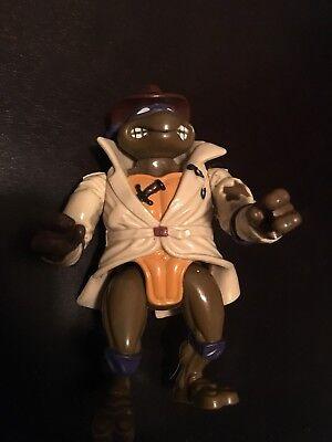 Donatello The Ninja Turtle (Donatello The Undercover Turtle Teenage Mutant Ninja Turtles Action Figure)
