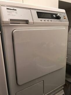 MIELE Condenser Dryer T8685C