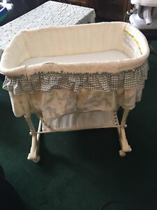 Free bassinet in great shape
