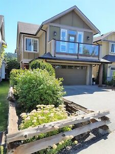 Beautiful 4 Bed / 3 Bath House for rent, Langford-Westshore
