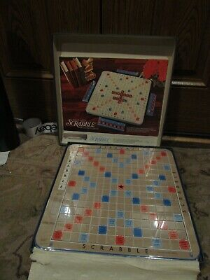 Selchow & Righter 1977 • Scrabble Deluxe Edition • Turntable • Wooden Letters