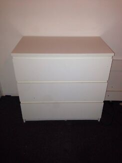 3set of drawers  Hillsdale Botany Bay Area Preview