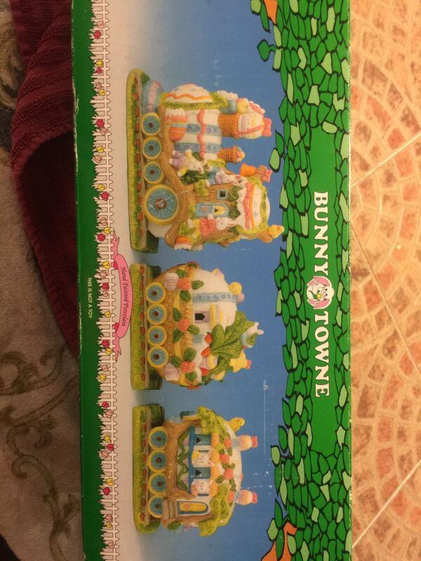 Vintage Bunny Towne Porcelain Train 3 Piece