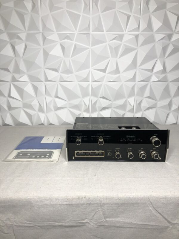 Vintage McIntosh C26 Solid-State Stereo Preamplifier TESTED VERY NICE