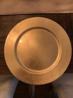 Gold Charger Plates - perfect for parties or weddings