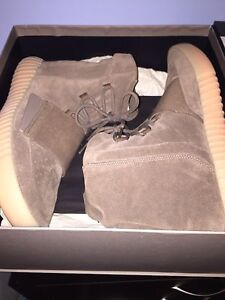 Yesterday 750 Chocolate Authentic (LOOKING FOR TRADES)