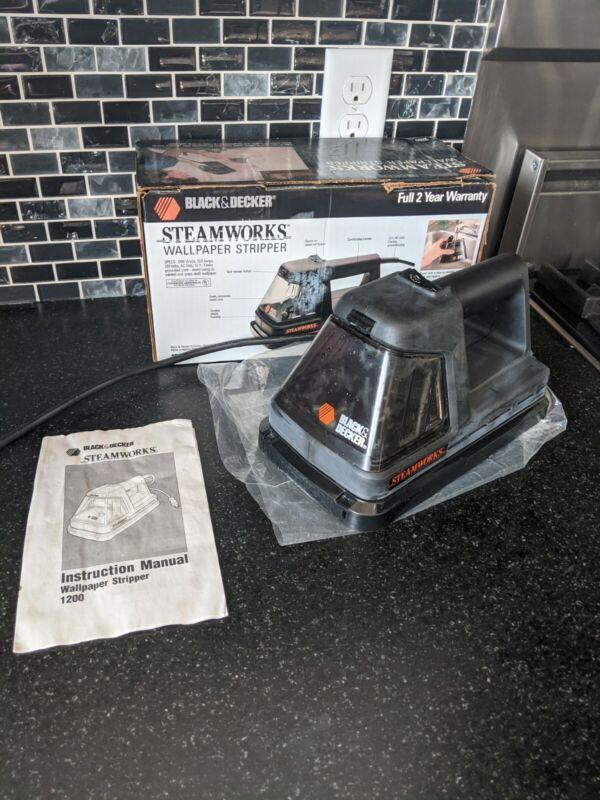 Black & Decker Steamworks Wallpaper Steamer Stripper,  With Manual, Tested