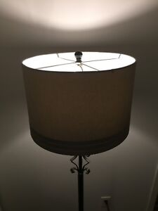 Lampe sur pied / foot lamp
