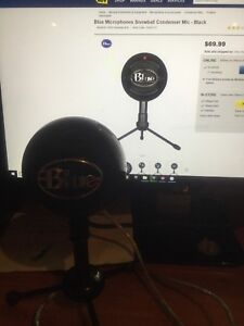 Blue snowball mint condition for sale