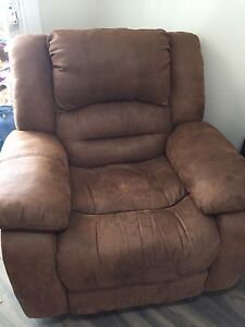 Reclining/ rocking chair
