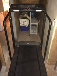 Pro-Form Treadmill Mint condition!!!