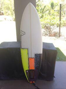 "5'10"" Beachbeat Surfboard Forest Glen Maroochydore Area Preview"