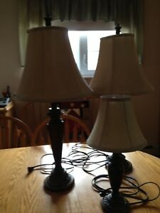 Set of 3 table lamps