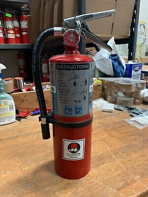 Buckeye 5 Lb. Bc Fire Extinguisher - Rechargeable Tagged - Ul Rating 40-bc