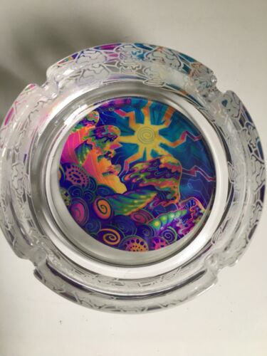 """GLOW IN DARK  GLASS ETCHED ASH TRAY 4"""""""