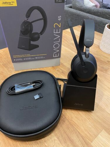 Jabra Evolve2 65 Stereo with Charging Stand
