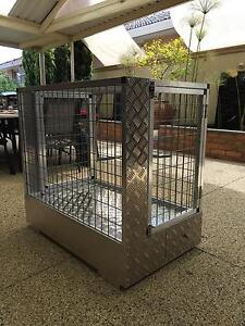 Custom car dog crate Keilor Park Brimbank Area Preview
