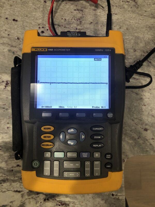 Fluke 196B ScopeMeter 1GS/s Dual-Input 100MHz HandHeld Oscilloscope