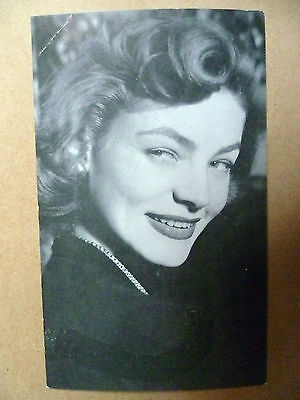 """Vintage Photograph Postcard with Real Autograph of Lauren Bacall On 5.3"""" X 3.3"""""""