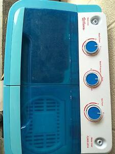 5.5 kg portable top load twin tube mini washing washer machine. Forest Hill Whitehorse Area Preview