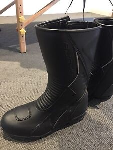 motorcycle boots in Melbourne Region, VIC | Gumtree Australia Free ...
